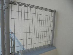 カラーボックスに網の扉を付けたい!失敗しないコツは?